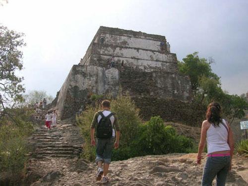 Piramide de Tepoztlan