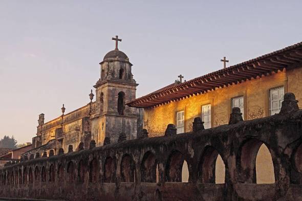 Templo del Sagrario, Basílica de la Virgen de la Salud